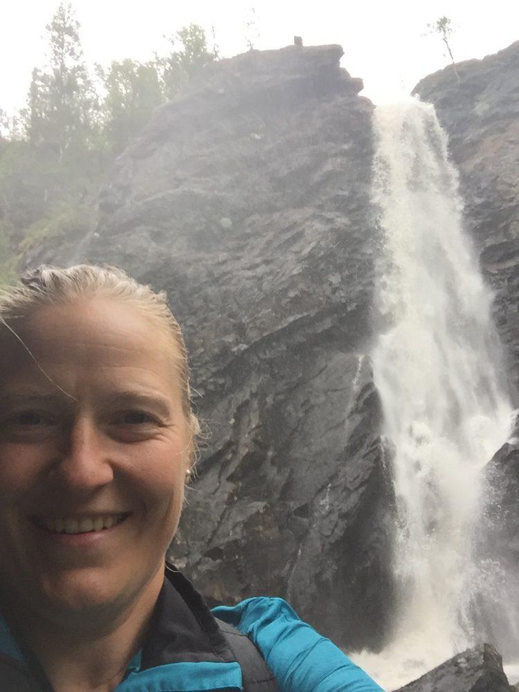 Vattenfallet Brudslöjan i Norge och bad på Holiday club i Åre